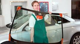 Mecanic cu parbriz masina